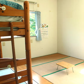 2段ベッドと畳の部屋
